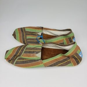 NWOT Toms Classic Slip On Canvas Brown Striped